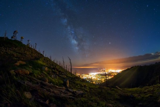Flagstaff is world's only city of 100,000+ residents to feature readily-available dark skies.